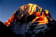 Mt. Kailash 16-day Cruise and Trekking Tour